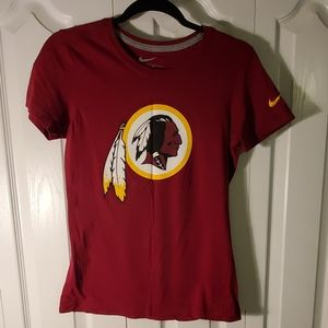 Nike Washington Redskins short sleeve shirt Medium